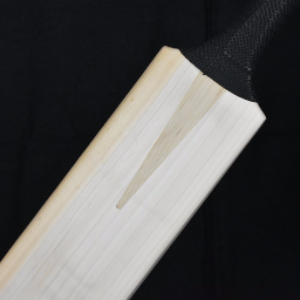 CORNISH CRICKET COMPANY GRADE 1 + CRICKET BAT